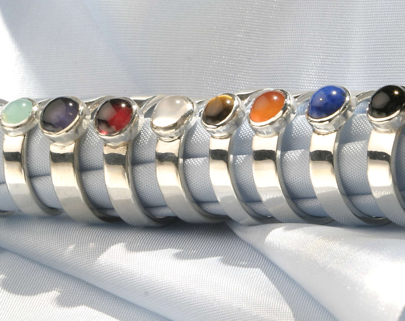 Basic ringen LYAM zilver met edelsteen