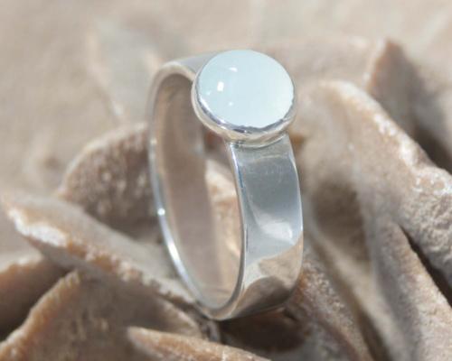 Zilveren ring met aquamarijn, handgemaakt door LYAM edelsmeden