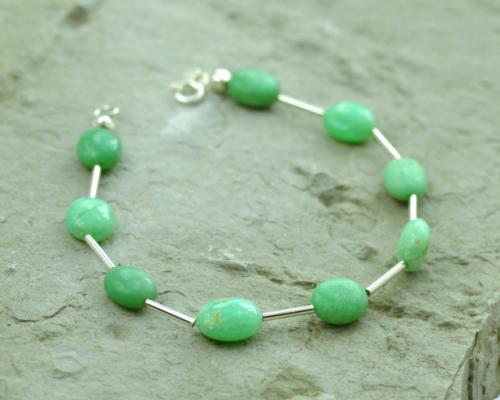 Armband chrysopraas en zilver, Basic model, groene edelsteen, vernieuwing, handgemaakt