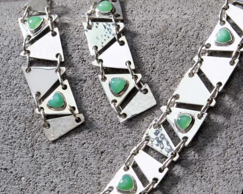 Unieke armband chrysopraas en zilver, handgemaakt edelsmid