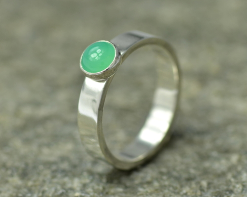 Ring chrysopraas en zilver