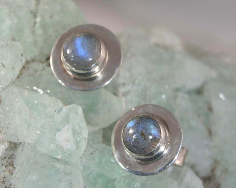 oorbellen oorstekers zilver zilveren labradoriet blauwe steen