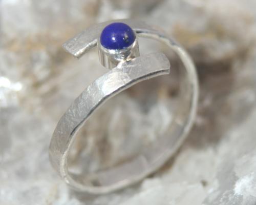 zilveren ring Curl Lapis lazuli