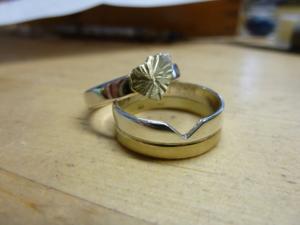 Vermaken van ringen (trouwringen uit zilveren relatieringen.