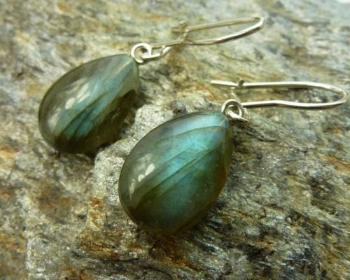 oorbellen oorhangers oorhaken labradoriet blauw groen zilver
