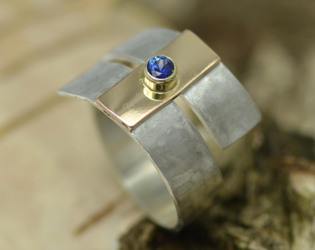 Ring zilver met saffier, roodgoud blauwe Sri Lanka-safiier rood-wit-blauw