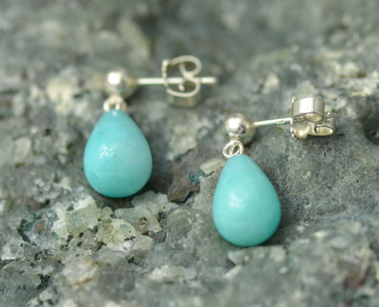 Zilveren oorbellen met amazoniet fris blauwgroen druppelvormig