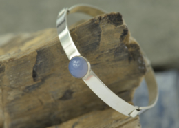 Armband chalcedoon en zilver grijsblauwe edelsteen lavendelchalcedoon schakelarmband