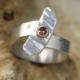 Ring Chance van zilver met diamant cognackleurige oranjebruine diamant gerecycled zilver handbewerkt gehamerd rosëgoud edelsmid online kopen